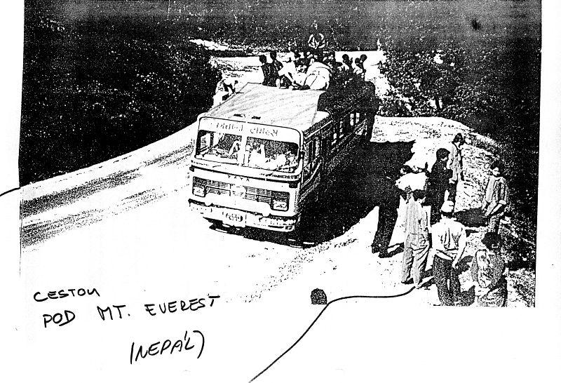 Cestou pod Mt. Everest (Nepál)